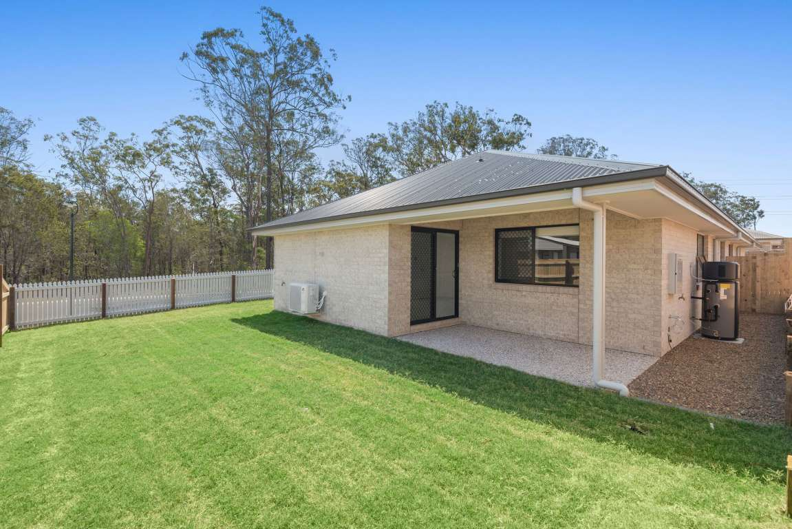Heron Park Estate Berrinba - 5.55% Return