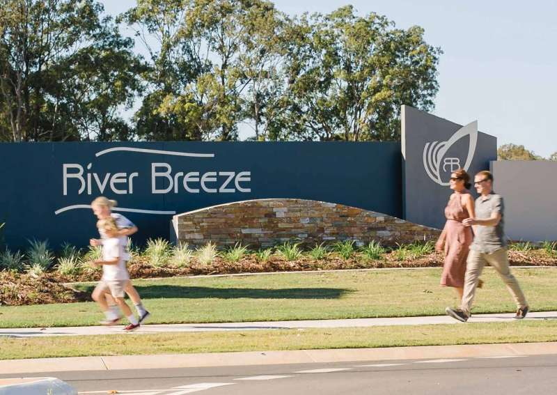 River Breeze Estate Griffin